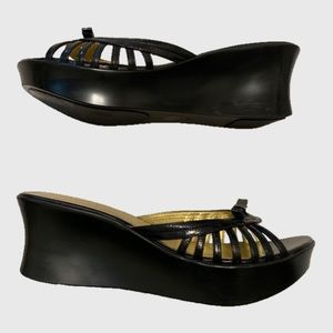 Guess by Marciano Black Strappy Wedges sz 7 1/2M